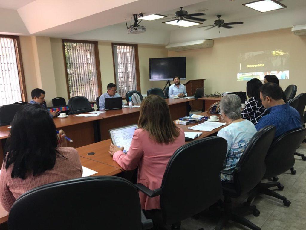 Participación del Foro Dakar Honduras en la Mesa de Dialogo sobre Descentralización Educativa, desarrollada por el Consejo Nacional de Educación (CNE)