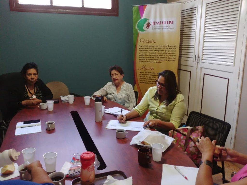 Reunión Foro Dakar Honduras y la Federación Nacional de Padres de Personas con Discapacidad de Honduras (FENAPAPEDISH), con el objetivo de formular una propuesta en conjunto para la incidencia en la política pública para la inclusión de personas con diferentes discapacidades.